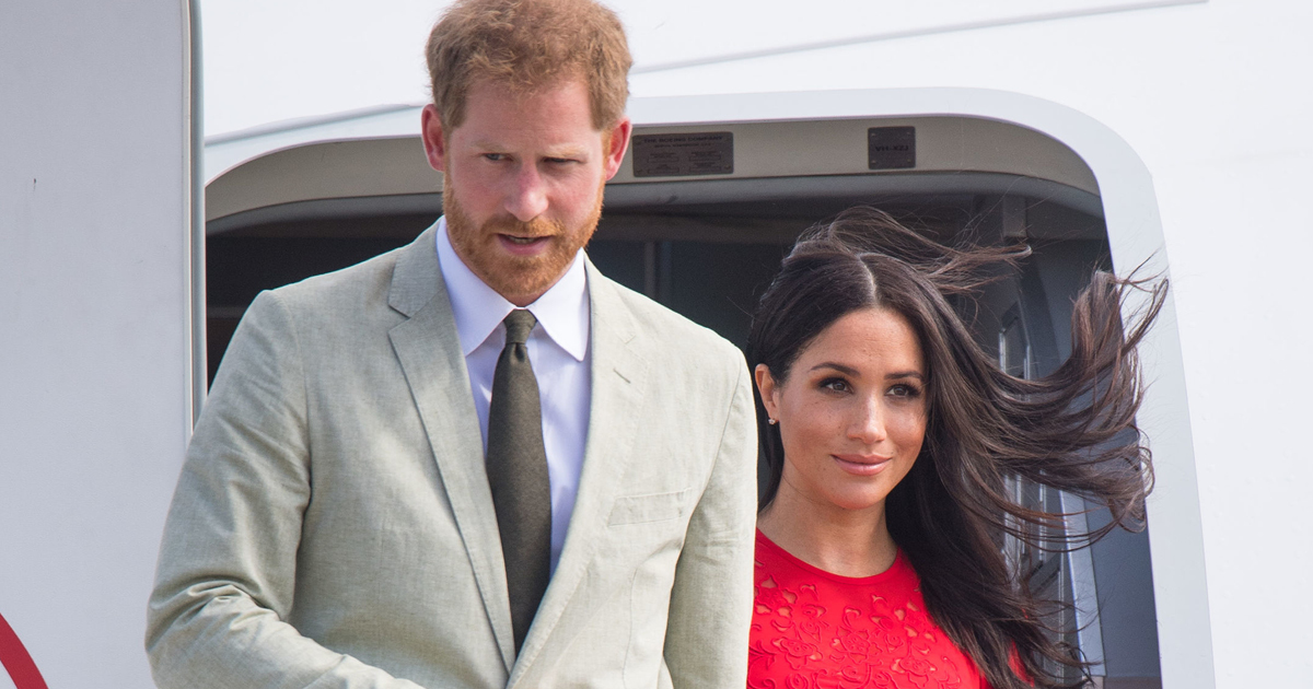 2019-Meghan-and-Harry-private-jet-thekit.ca-facebook